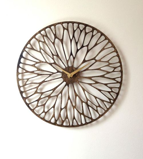 Trendspotting | Laser Cut Wood Clock | Linzeelu Thank You